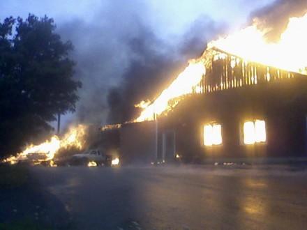 Hallen brinner 25.7.2010