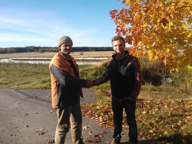 En synbarligt nöjd Oskar tackar för sig och åker hem till Åboland.