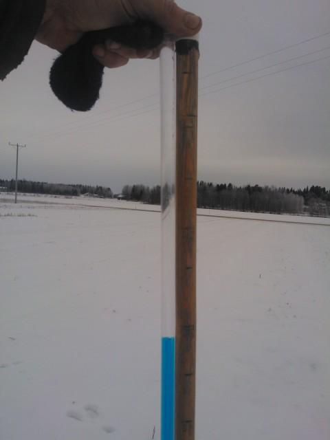 Dagens kontroll visade att tjälen nu gått 32 cm djupt i marken.