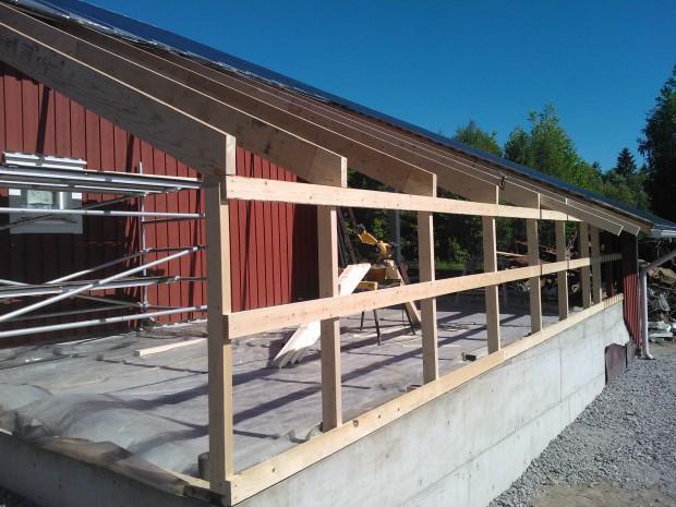Vägg och takkonstruktion byggdes 10.06.2014