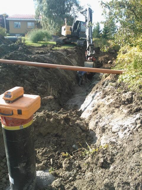 Arbetet löpte någorlunda ännu den 3.10. 2012 i solsken och torra förhållanden.